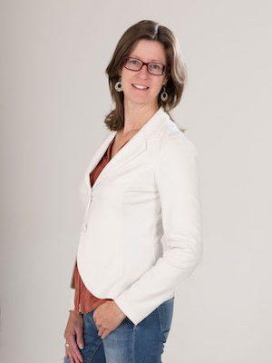 Dieses Foto zeigt Daniela Elsinger als Dipl. Lebens- und Sozialberaterin.